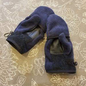 GAP kids mittens/gloves